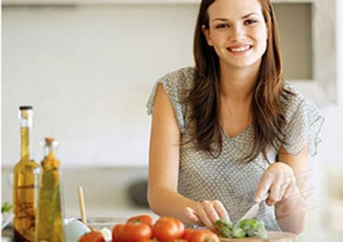 تكنولوجيا جديدة تمكن تذوق وصفات الطعام عبر التليفزيون