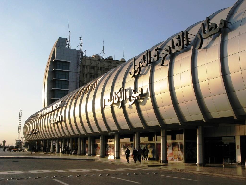مطار-القاهرة9-2