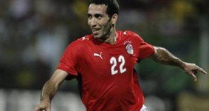 لاعبو مصر يختارون أبو تريكة أفضل لاعب عام 2007