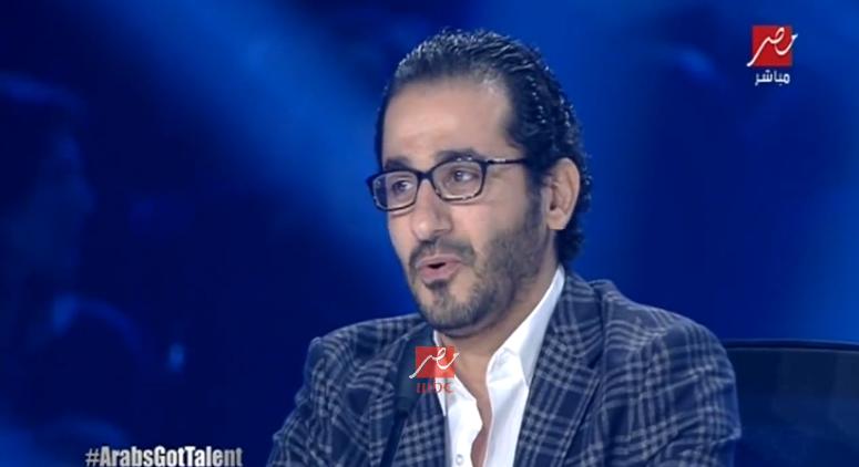 احمد حلمي يبكي
