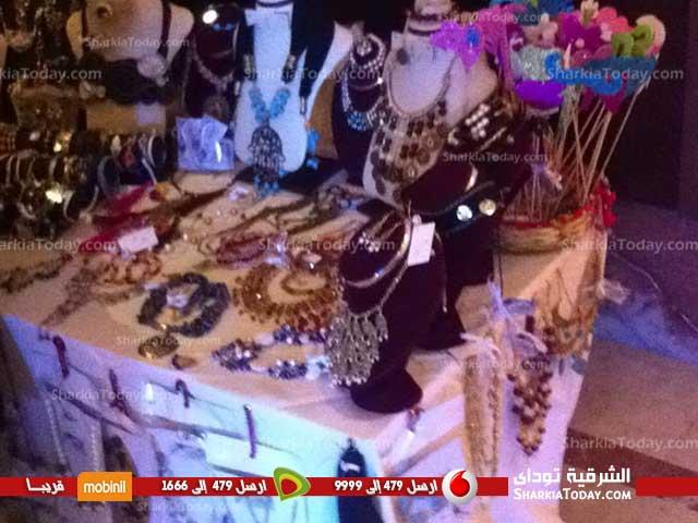 مجموعة من الفنانين التشكيليين بالشرقية يشاركون فى مهرجان «حماة الهاند ميد»
