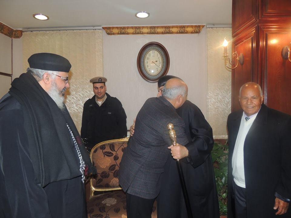 زيارة الأنبا «بطرس اشقف» لتهنئة مدير أمن الشرقية بالمنصب الجديد (1)
