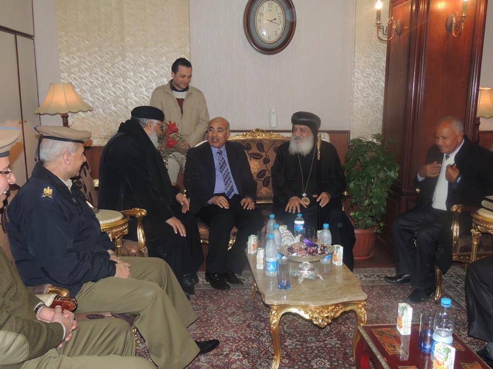 زيارة الأنبا «بطرس اشقف» لتهنئة مدير أمن الشرقية بالمنصب الجديد (2)