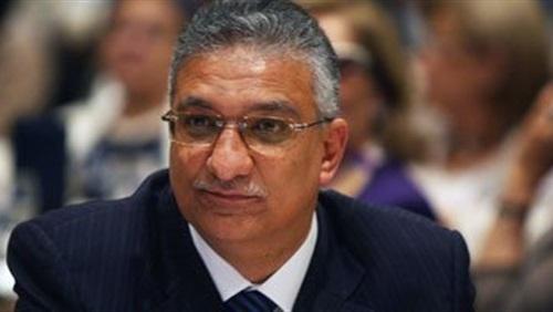 الدكتور-أحمد-زكي-بدر-وزير-التنمية-المحلية