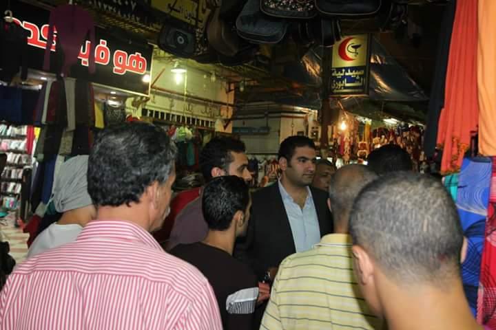 المرشح إسلام مرعى يعرف نفسه للمواطنين بشوارع الزقازيق (2)