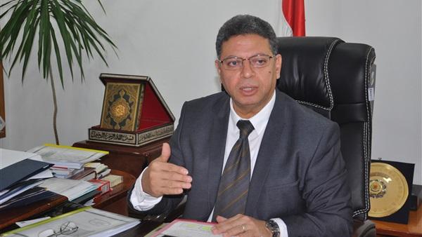 جمال سرور وزير القوي العاملة