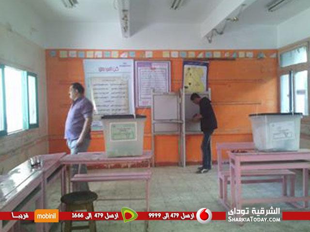 المستشار عمرو فهمي يشيد بالانتخابات بمدرسة السادات الثانوية بنات بالزقازيق