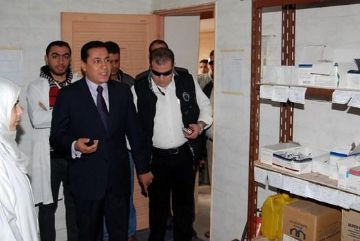 محافظ الشرقية يتوجه في زيارة مفاجئة لوحدة صحة الأسرة بالمهدية ببلبيس