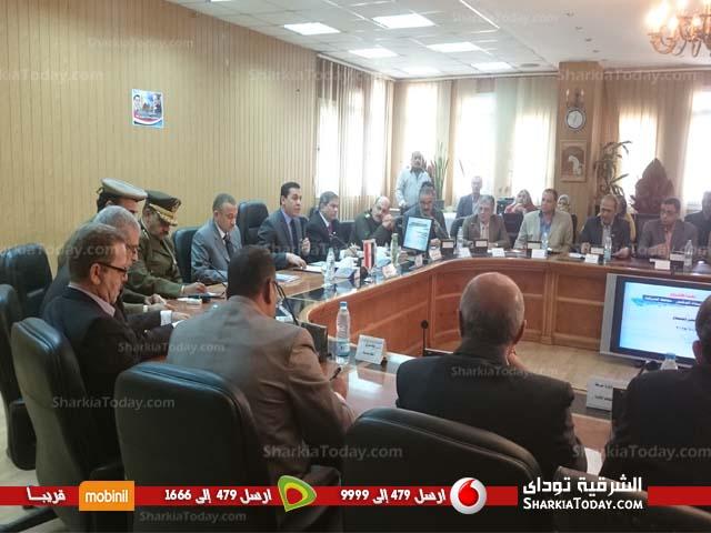 محافظ الشرقية يعقد الاجتماع التنفيذي بديوان عام المحافظة اليوم (1)