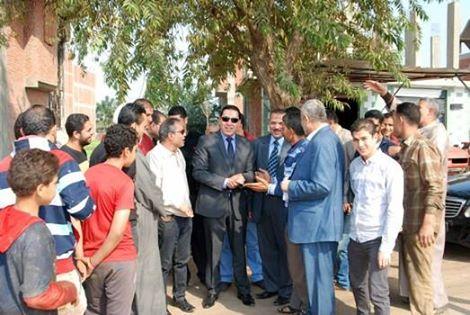 محافظ الشرقية يوقف أعمال البناء لمبنى بقرية الزرقية بالزقازيق (2)