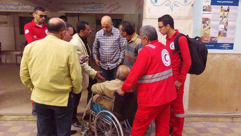 الهلال الأحمر المصري يتفقد عدة لجان بالشرقية (2)