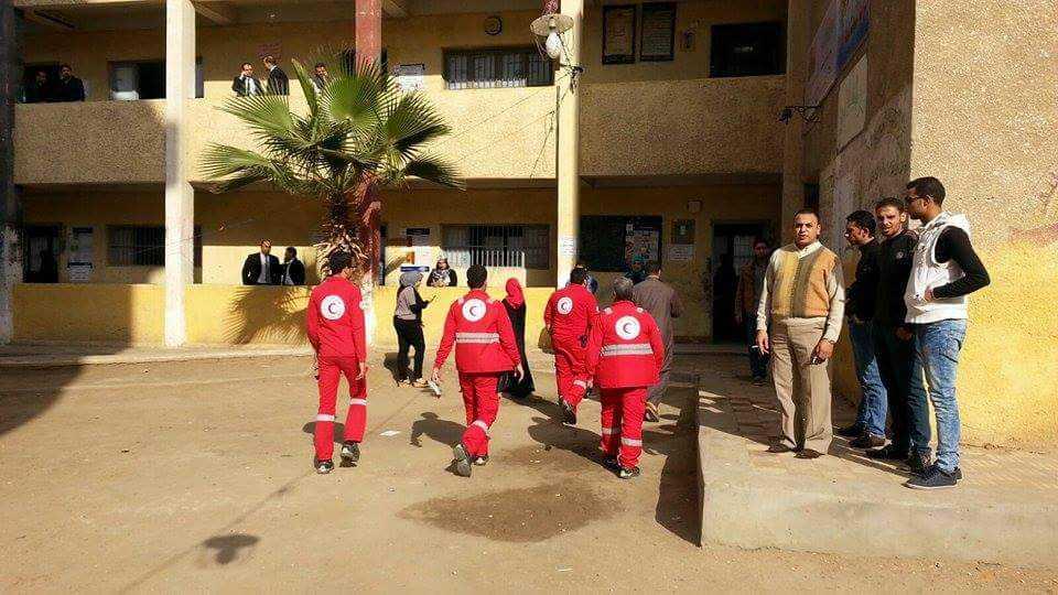 الهلال الأحمر المصري يتفقد عدة لجان بالشرقية (3)