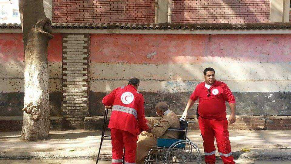 الهلال الأحمر المصري يتفقد عدة لجان بالشرقية (6)