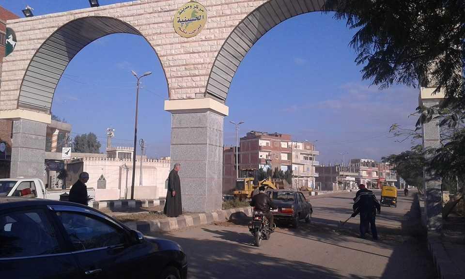رئاسة مدينة الحسينية تستكمل إزالة الدعاية الانتخابية (2)