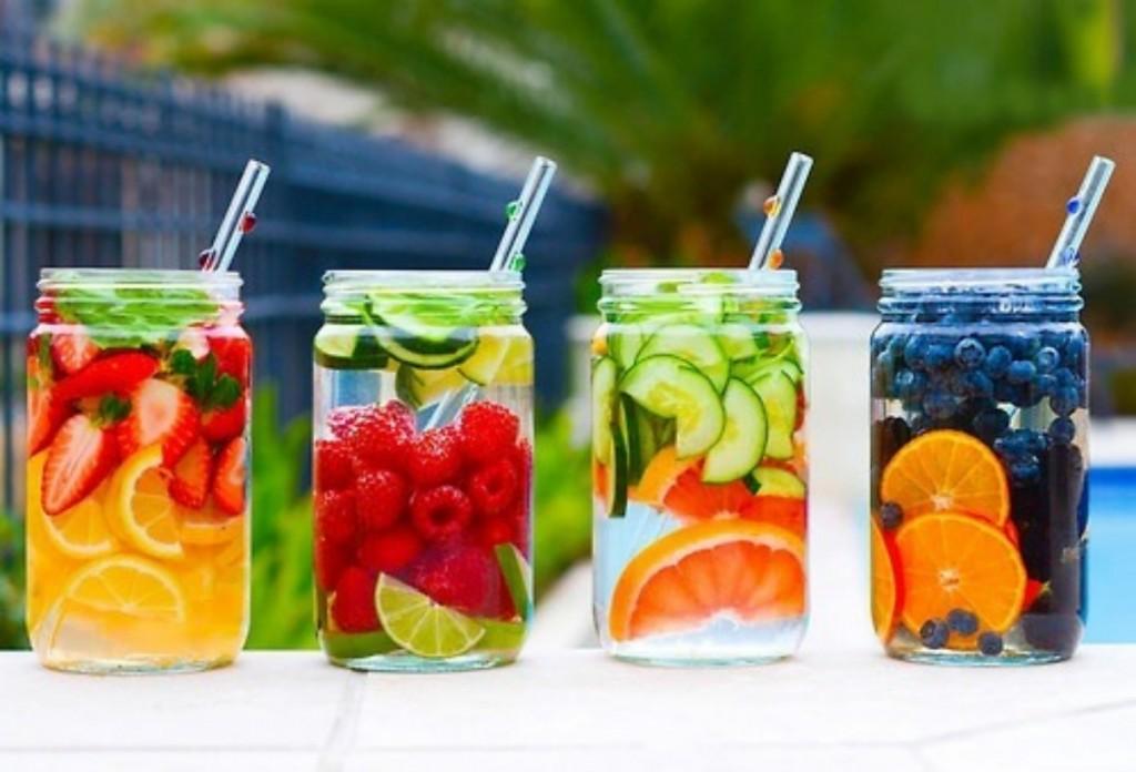 11 مشروب ديتوكس لتنظيف الجسم وحرق الدهون