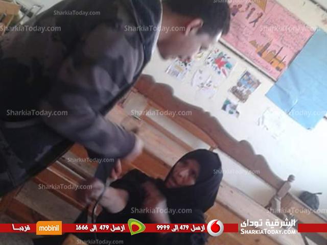 فريق صيدلي الخير ينظم قافلة طبيبة بقرية بني صالح ببلبيس (5)