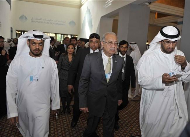 رئيس الوزراء شريف إسماعيل أثناء مشاركتة فى الدورة الرابعة للقمة بـ دبي