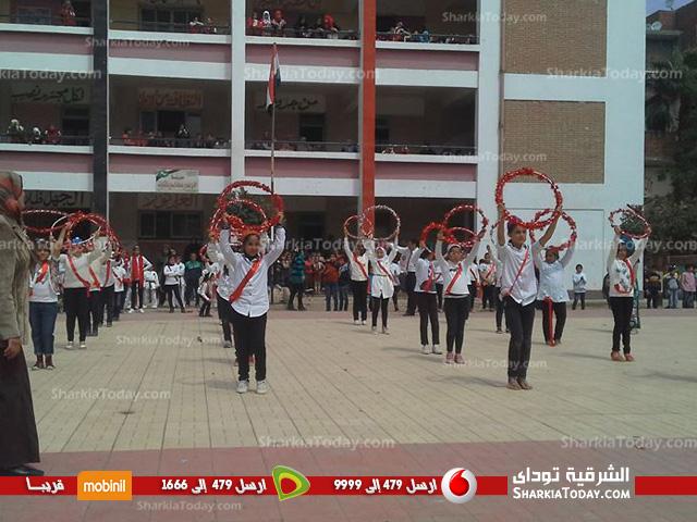 مدرسة الوحدة الإبتدائية بالقنايات تقيم احتفالاً بمناسبة عيد الأم (7)