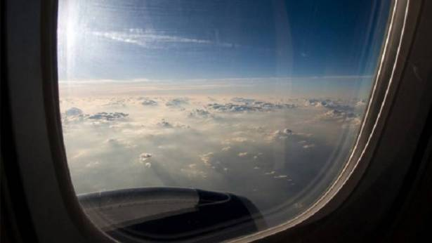 نافذة طائرة