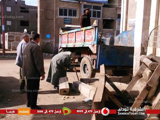 عملية هدم مبنى رئاسة مدينة صان الحجر (1)
