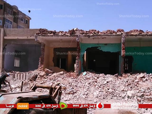 عملية هدم مبنى رئاسة مدينة صان الحجر (2)