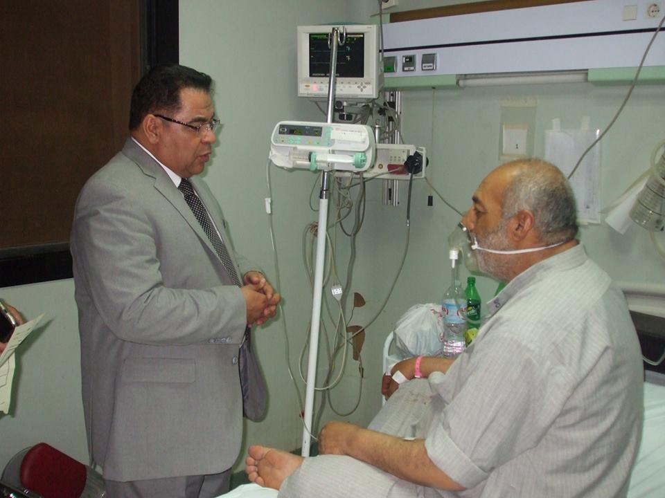 مدير الصحة بالشرقية يشدد علي تفعيل أجهزة التنفس الصناعي بمستشفي ديرب نجم (1)