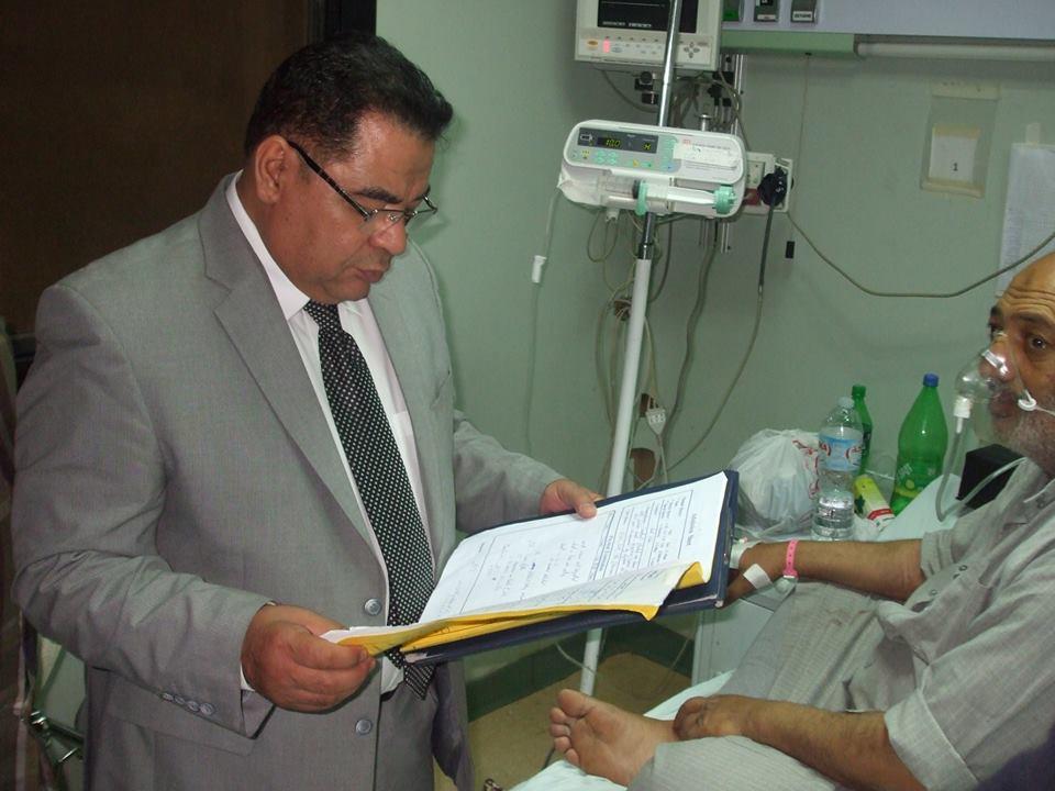 مدير الصحة بالشرقية يشدد علي تفعيل أجهزة التنفس الصناعي بمستشفي ديرب نجم (2)