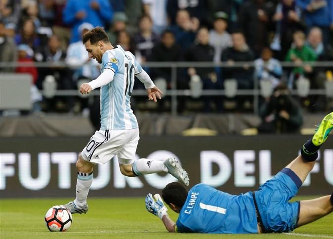 الأرجنتين تسحق شباك بوليفيا بثلاثية وتحجز مقعدًا بدور الثمانية في كوبا أمريكا