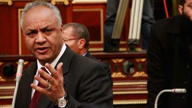مصطفى بكرى يتقدم بطلب إحاطة يدعو الحكومة لوقف إذاعة برامج المقالب