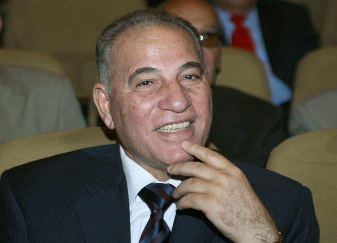 القضاة يستقبلون أحمد الزند بـ«الأحضان»
