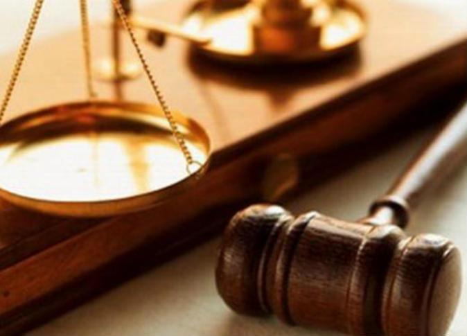 المشدد 10 سنوات لموظف وطالب بتهمة حيازة مفرقعات ومنشورات في الشرقية