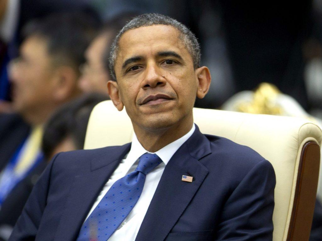 بالصور.. تعرف على قائمة كتب اختارها الرئيس أوباما للقراءة فى فصل الصيف