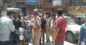 حملة أمنية لرفع الإشغالات بمدينة القنايات بقيادة مأمور المركز ورئيس المباحث