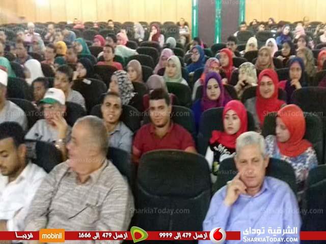 محافظ الشرقية يشيد بمستوي الشباب خلال منتدي الحوار الوطني (2)