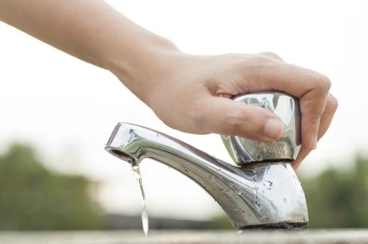غضب أهالي «كفر العدوي» بفاقوس بسبب استمرار انقطاع المياه