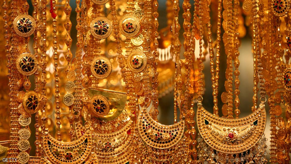 DUBAI, UNITED ARAB EMIRATES - SEPTEMBER 25: Gold jewellery is pictured at the Dubai Gold Souk on September 25, 2014 in Dubai, United Arab Emirates. (Photo by Warren Little/Getty Images)