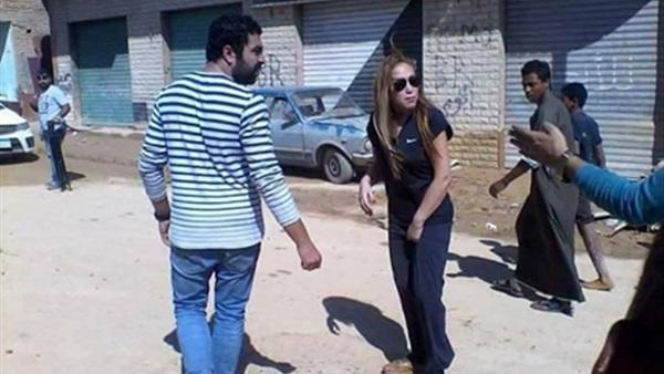 بالفيديو.. أهالي رأس غارب يطردون ريهام سعيد | الشرقية توداي