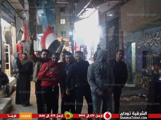 .. شوارع مدينة كفر صقر تتزين بالأعلام قبل مباراة مصر والكاميرون 2