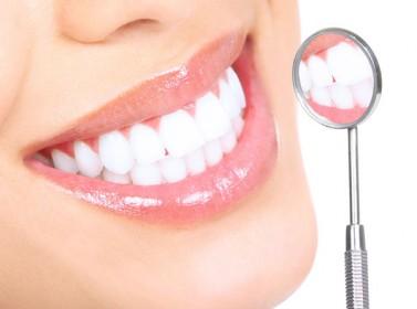 علي أبسط الطرق لحماية أسنانك ضد التأكل في دقيقة