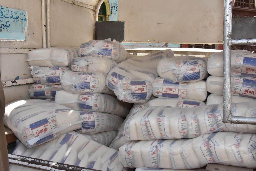 4400 كيلو سكر داخل مصنع بدون ترخيص بمنيا القمح