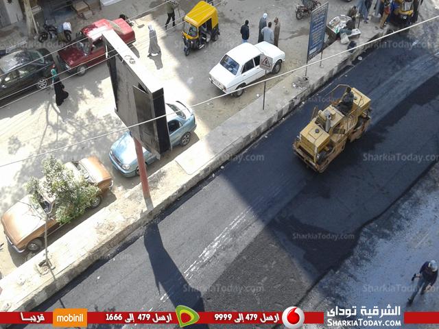 أعمال رصف شارع المستشفى بكفر صقر2