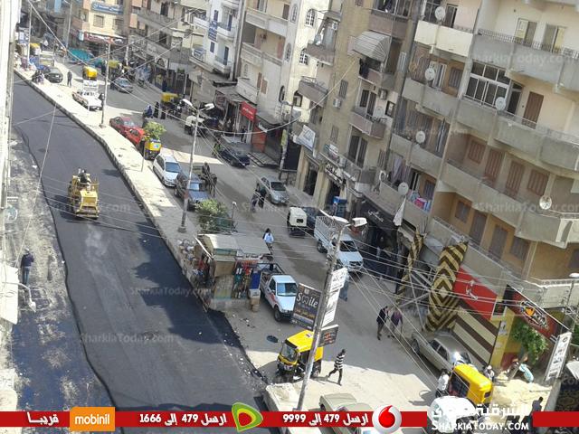 أعمال رصف شارع المستشفى بكفر صقر3