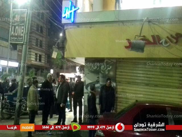 .. حملة ليلية لإغلاق الكافيهات المخالفة بالزقازيق 2