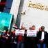 بالفيديو .. بعد عدم صرف راتبهم موظفي الشبكات بمحافظة الشرقية يتبرعون لصندوق تحيا مصر