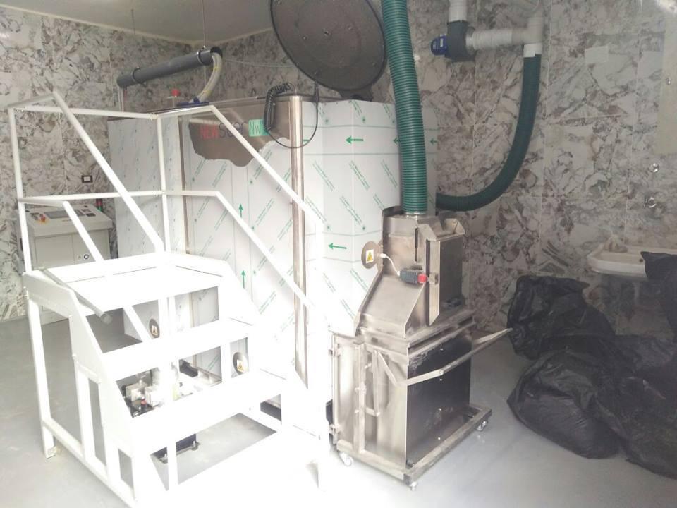 جهاز لفرم وتعقيم النفايات الطبية بمستشفى الزقازيق العام بتكلفة مليون ونصف جنيه