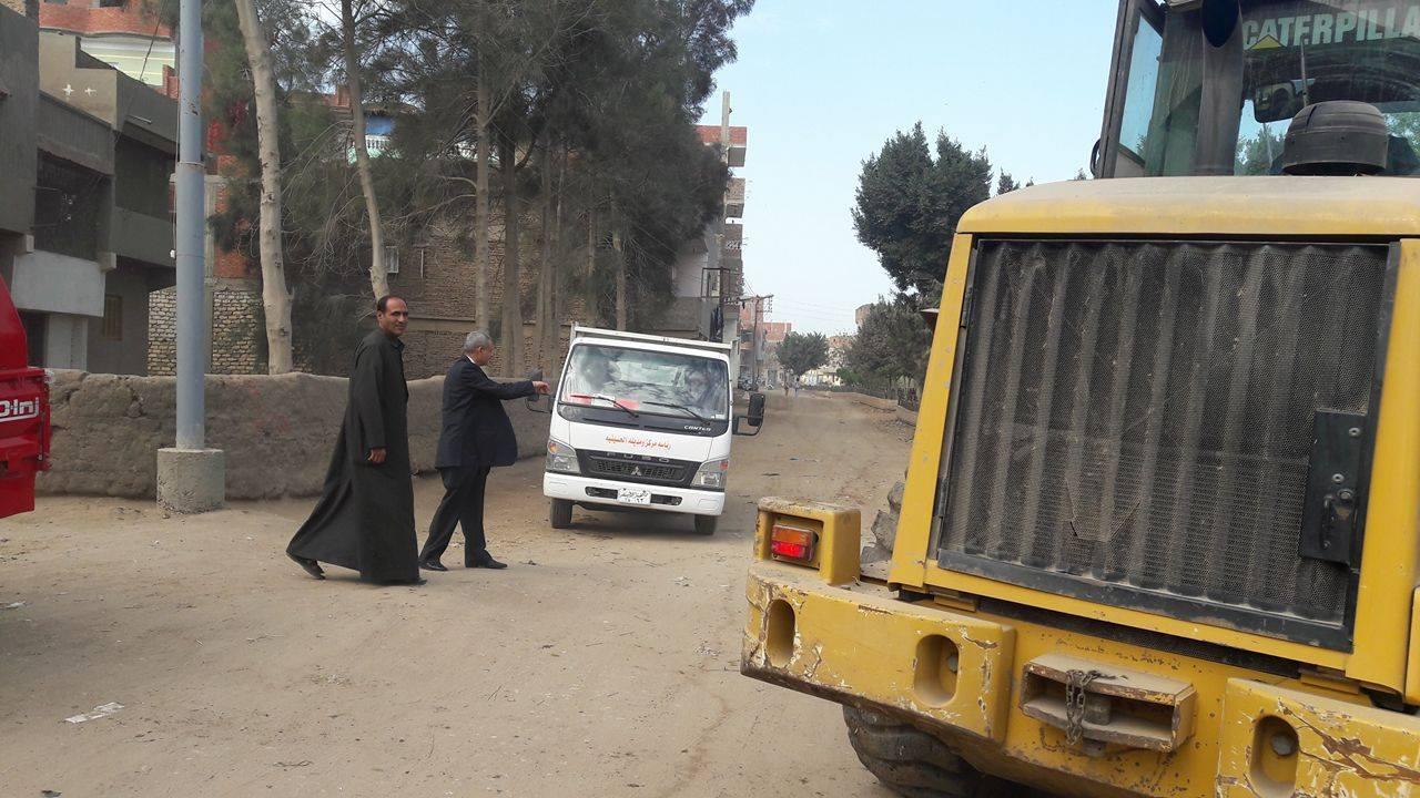 تفقدية لرئيس مدينة الحسينية لمتابعة أعمال النظافة علي الطبيعة 3
