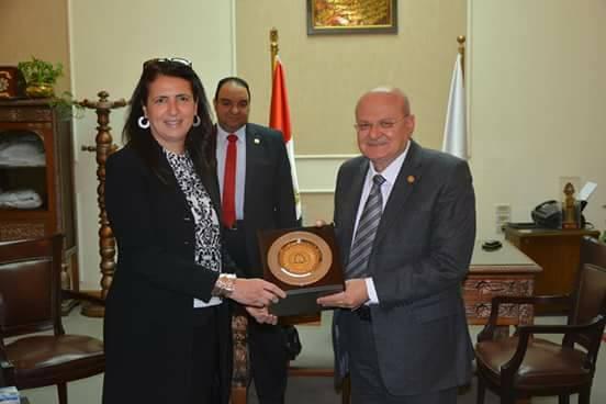 جامعة الزقازيق يستقبل مدير هيئة «فولبرايت» الأمريكية بمصر