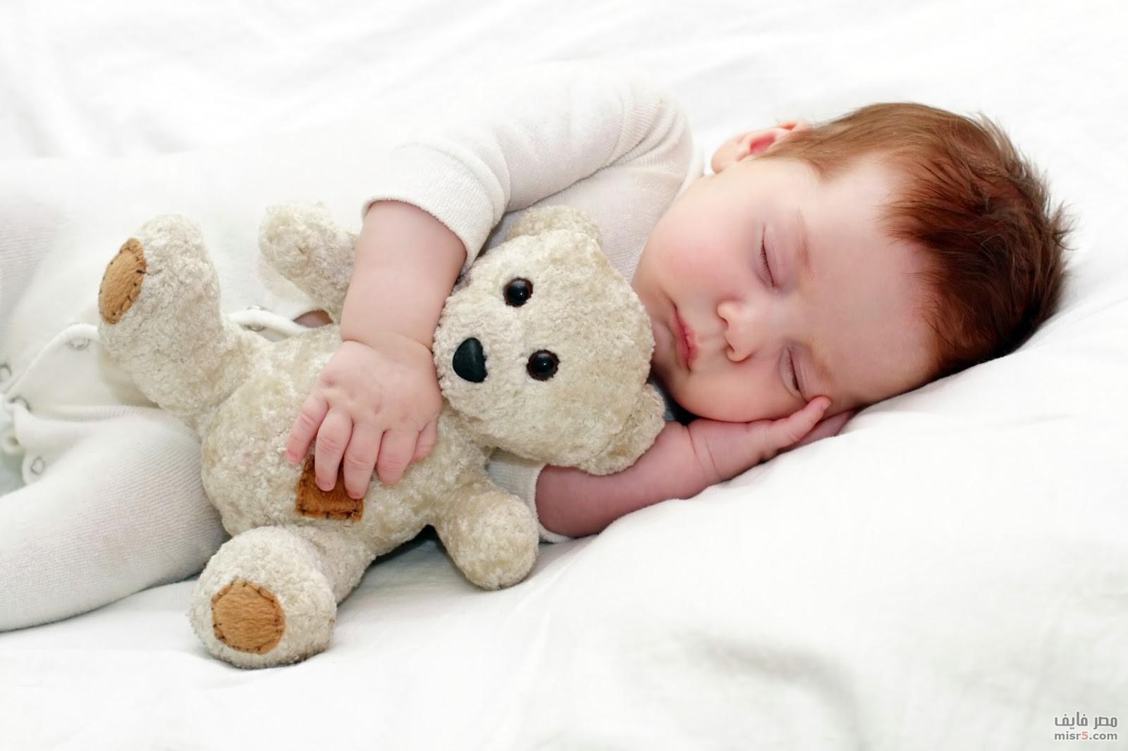 هو سبب انقطاع النفس عند الأطفال أثناء النوم