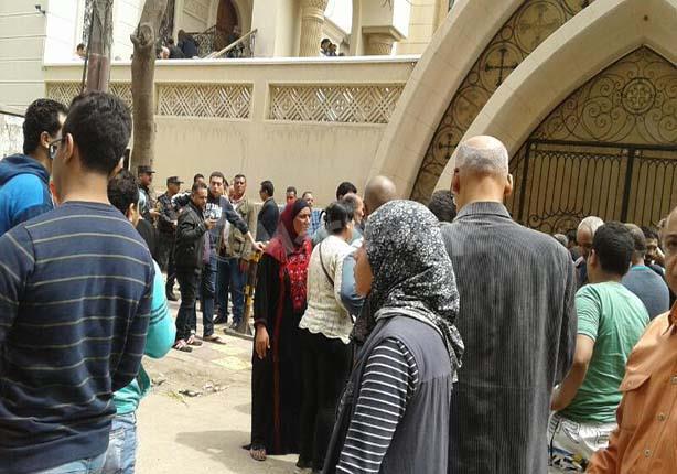 ضحايا تفجير كنيسة طنطا يعتدون على محافظ ومدير أمن الغربية