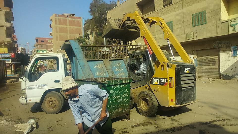 أعمال النظافة والمنتزهات بمدينة فاقوس4